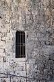 Finestra nelle mura Medievali.jpg