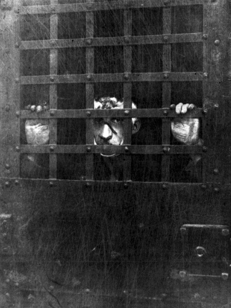First photograph of Leon F. Czolgosz, the assassin of President William McKinley, in jail