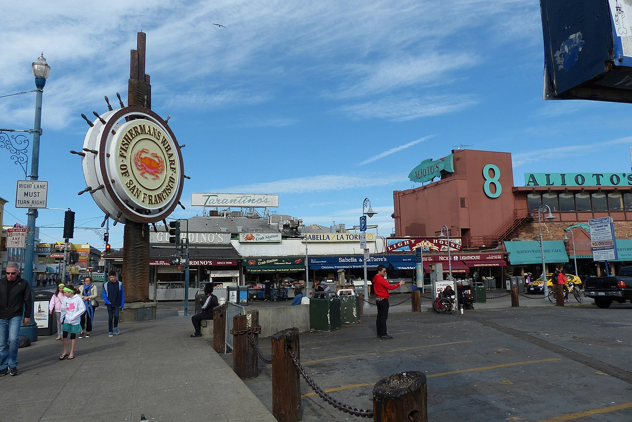 File fisherman 39 s wharf san francisco ca usa panoramio for Fishing store san francisco