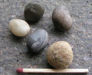 5 little stones