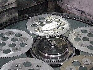 Honing (metalworking) - A flat honing machine.