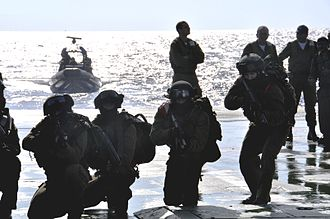 Shayetet 13 - Shayetet 13 commandos prepare for an exercise aboard a warship