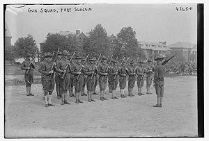 Fort Slocum - Image: Fort Slocum Gun Squad