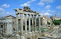 O Templo de Saturno, no F�rum Romano, Roma.