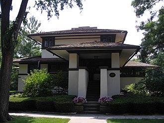 F.B. Henderson House - Image: Frank B. Henderson House (Elmhurst, Illinois) 01