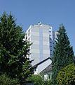 Frankfurt-Hausen, Hochhaus Willi Brundert Siedlung A38.jpg