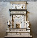 Frari sacristy - Tabernacle-reliquary by Bartolomeo Bellano.jpg