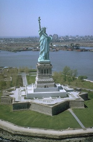 Hectare - The Statue of Liberty – New York Harbor