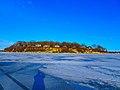 Frozen Lake Mendota - panoramio (2).jpg