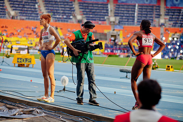 Funmi Jimoh and Jana Velďáková (2013 World Championships in Athletics).jpg