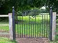 Gate, Codford St Peter - geograph.org.uk - 952848.jpg