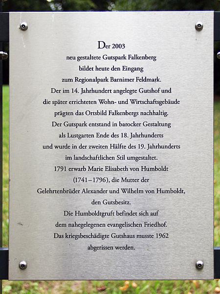 File:Gedenktafel Dorfstr 37 (Falkb) Gutspark Falkenberg.jpg