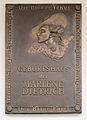 Gedenktafel Leberstr 65 (Schöb) Marlene Dietrich2.JPG