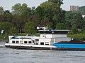 Gerda (ship, 2010) ENI 02332584 on the Rhine.JPG
