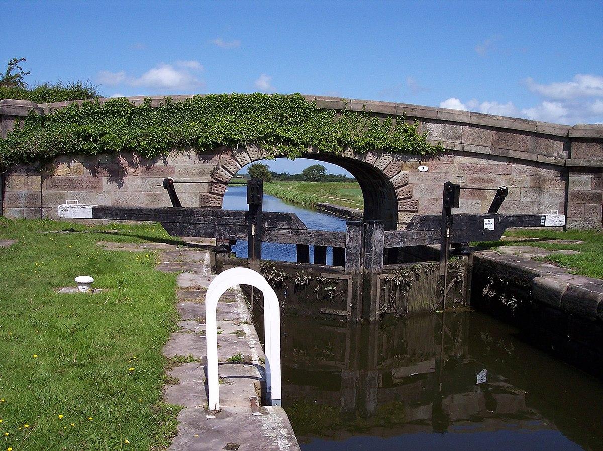 German's Lock on the Rufford Branch - Geograph 2417464.jpg