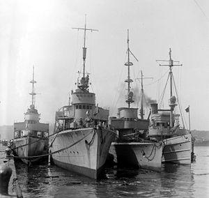V25-class torpedo boat - Image: German torpedo boats in US LOC ggbain 31137