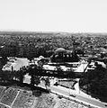 Gezicht over de stad vanaf de Citadel met de moskee Al Khosrofieh - Stichting Nationaal Museum van Wereldculturen - TM-20011811.jpg