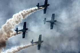 Goraszka 2010 Flying Bulls Aerobatic Team (2).jpg