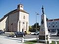 Gouzon place de l'église 2.jpg