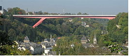 "De ""Rode Brug"" over het Alzettedal in Luxemburg"