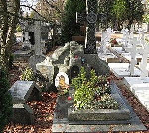Andrei Tarkovsky - Andrei and Larisa Tarkovsky's grave, Sainte-Geneviève-des-Bois Russian Cemetery in France
