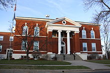 GreenLakeWisconsinCourthouseNovember2010.jpg