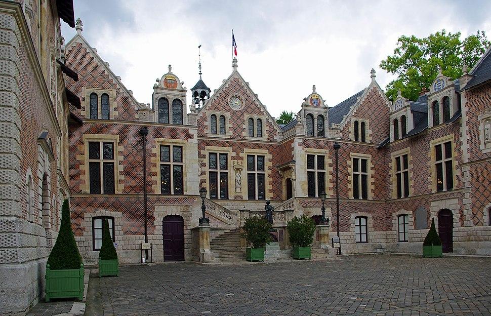 H%C3%B4tel Groslot, Orl%C3%A9ans, France, 2012.