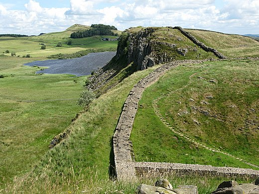 A segment of the ruins of Hadrian's Wall in northern England Hadrian's Wall and Highshield Crags - geograph.org.uk - 1410581.jpg