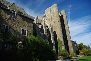 Hammond castle back.jpg