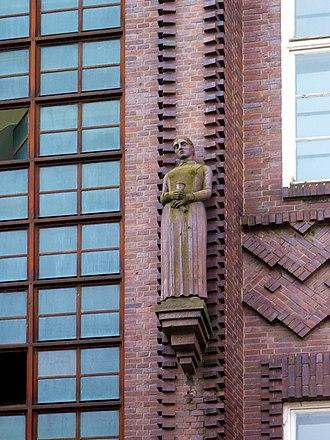 Köllnischer Park - Detail of façade of AOK building