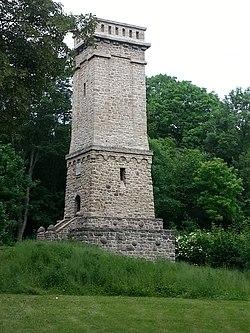 Heeseberg-Turm-2 NS 2014-06-01.jpg