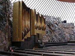Hels Temppeliaukion kirkko.jpg