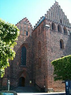 Helsingborg Sankta Maria kyrka.jpg