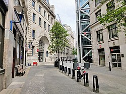 Houghton Street and LSE from Aldwych.jpg