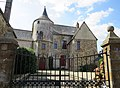 House with tower at Place Clemenceau, Antrain, France - panoramio.jpg