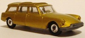 Husky Toys - Husky Citroen DS Safari station wagon. An earlier Husky before the brand name was changed to Corgi Jr. Some of these Citroen wagons came with a rowboat on top.