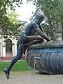 Hygieia-Brunnen Karlsruhe Skulptur NO.JPG