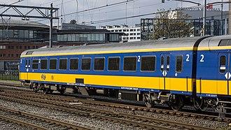 Rail transport in the Netherlands - Image: ICR 2e klasse Amsterdam 2017