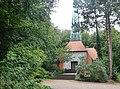 Idyllische Waldkirche im Ostseeheilbad Timmendorfer Strand - panoramio.jpg
