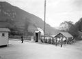 Idyllischer Grenzposten an der Brücke im Doubstal - CH-BAR - 3239158.tif