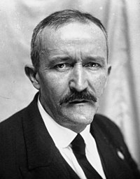 Jean Laville 1932.jpg