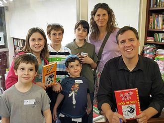 Jeff Kinney (author) - Kinney at a book signing event in Israel, 2016