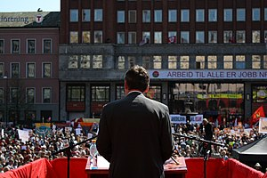 Jens Stoltenberg - Stoltenberg delivering a speech at Youngstorget, 1 May 2009.