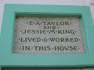 Jessie M. King - Image: Jessie Marion King's House, Kirkcudbright 02