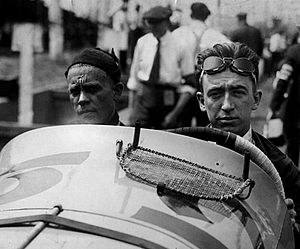Jimmy Murphy (racing driver) - Murphy, right, with his riding mechanic Ernie Olson in 1920