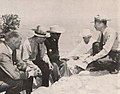 John Farr Simmons, Louis Schellback, Sukarno, Hugh S. Cumming, Jr, and John McLaughlin at Grand Canyon, Presiden Soekarno di Amerika Serikat, p50.jpg