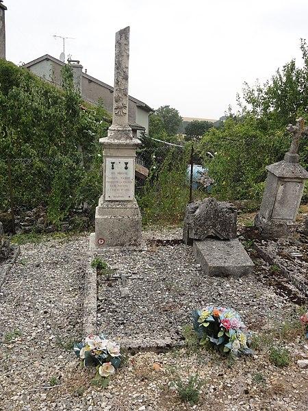 Jubécourt (Clermont-en-Argonne, Meuse) tombe de guerre