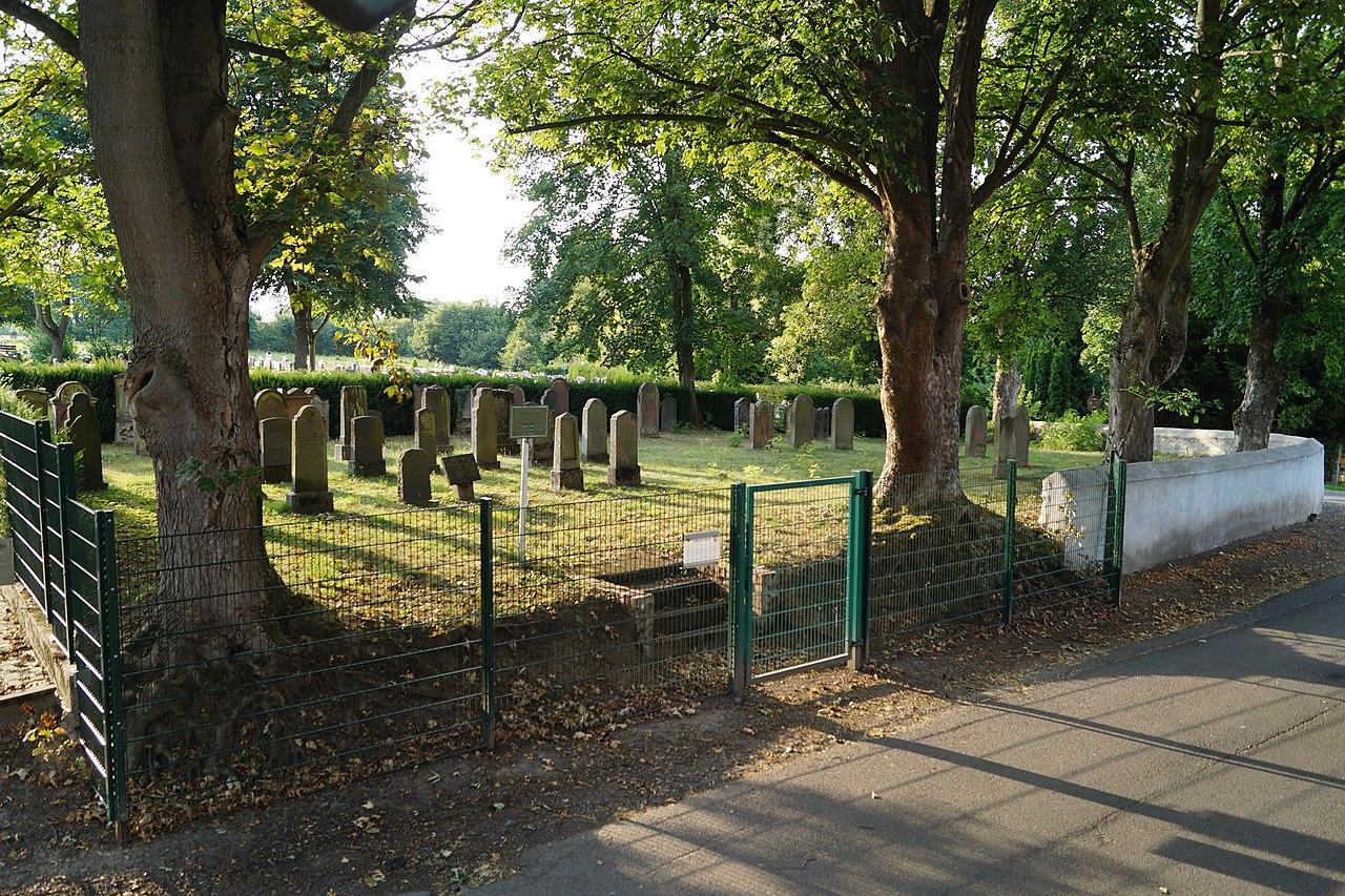 Juedischer Friedhof Markoebel 2015.jpg