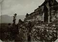 KITLV 40528 - Kassian Céphas - Walkways and stairs at Borobudur - Around 1890.tif