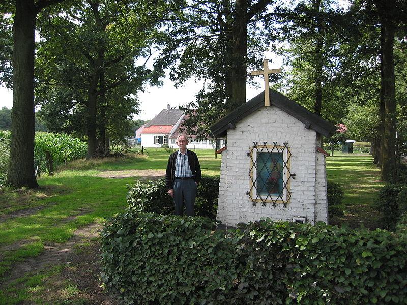 Bestand:Kapel maria van binderen hazeldonkseweg.jpg